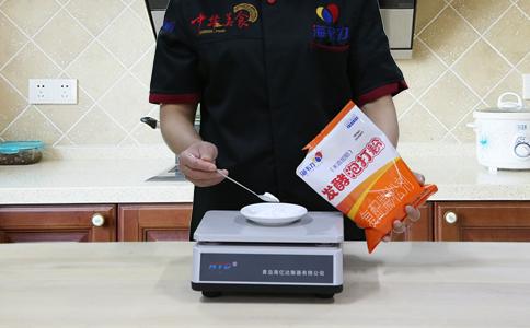 发面烤饼发酵泡打粉的用法简介,称量泡打粉