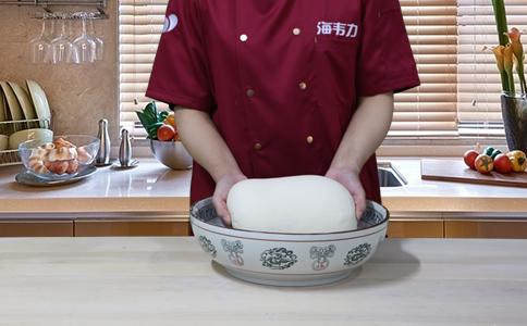 荷叶饼发酵泡打粉的用法简介,荷叶饼的和面