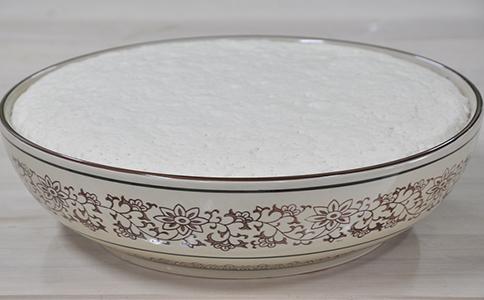 杂粮发糕发酵泡打粉的用法简介,杂粮发糕的发酵